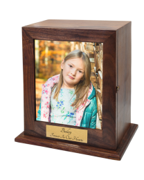 Elegant Photo Wood Urn