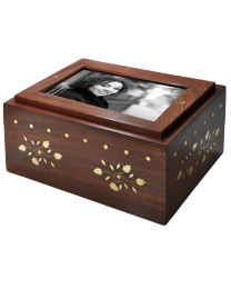 Photo Wood Sharing Urn
