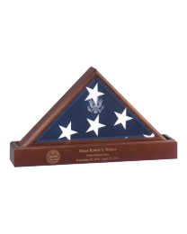 Presidential flag case and urn