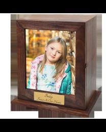 Elegant Photo Wood Urn